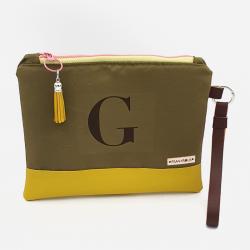 Bolsa tipo clutch letra G -oliva/amarillo-