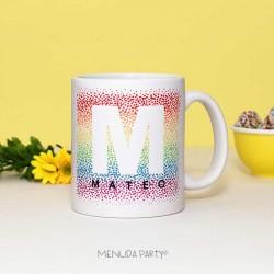 Taza con diseño multicolor